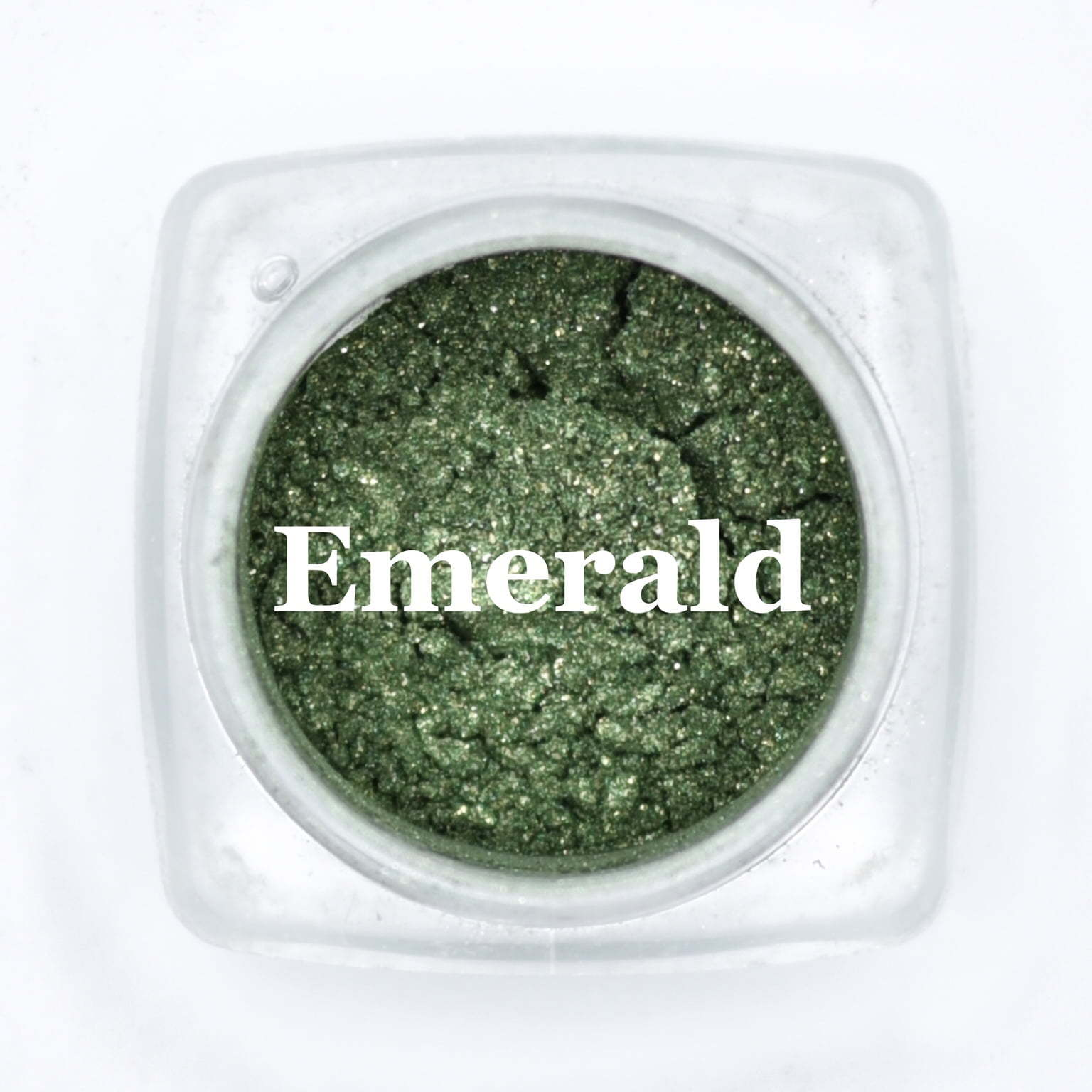 eye shadow emerald